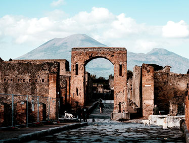 Day trip to Vesuvius, Pompeii and Herculaneum