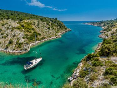 Shore trips Croatia - Split, Trogir and the ruins of Salona