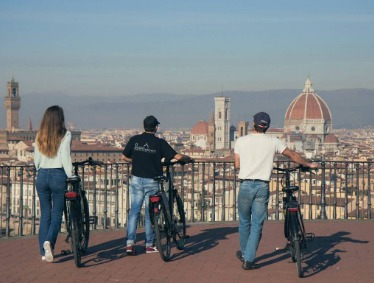 PANORAMIC E-BIKE TOUR OF FLORENCE WITH PIAZZALE MICHELANGELO VIEW